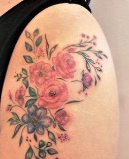 for women flowers tattoo on the hip